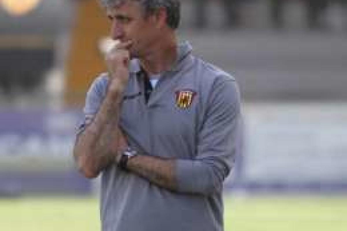 """mister Carboni: """"Ma cosa fischiano i tifosi? La squadra va sostenuta"""""""
