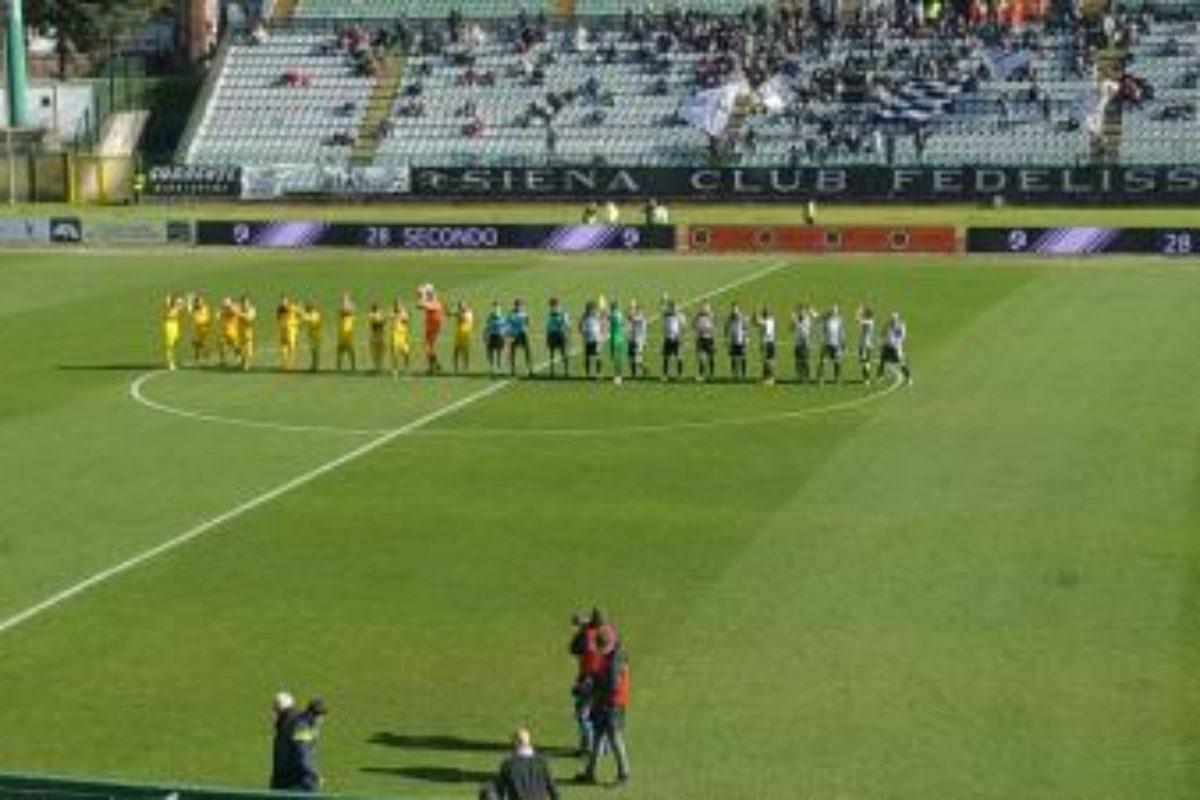 Siena-Arzachena 3-2. Robur, cuore e grinta: vittoria all'ultimo respiro
