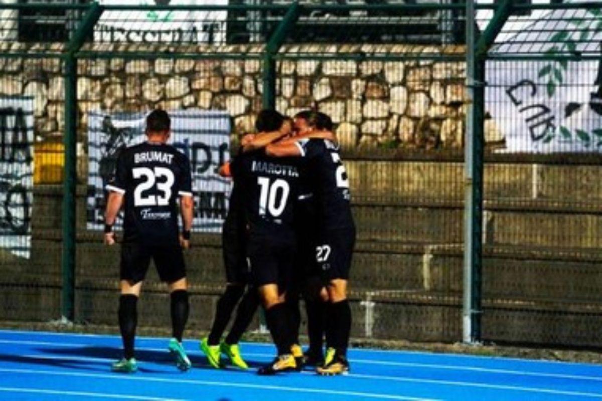 Marotta decide il derby del Franchi: 1-0 Robur sull'Arezzo