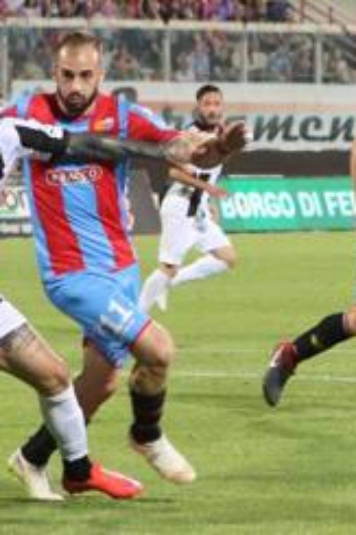 Catania-Robur Siena 2-1. il Siena 4-3 ai rigori e' in Finale !!!!