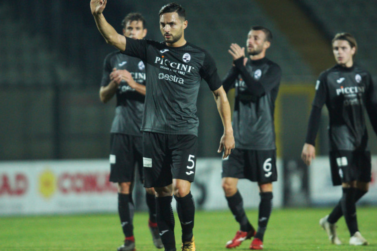 Pro Piacenza-Siena 1-2: decide la doppietta di Gliozzi.