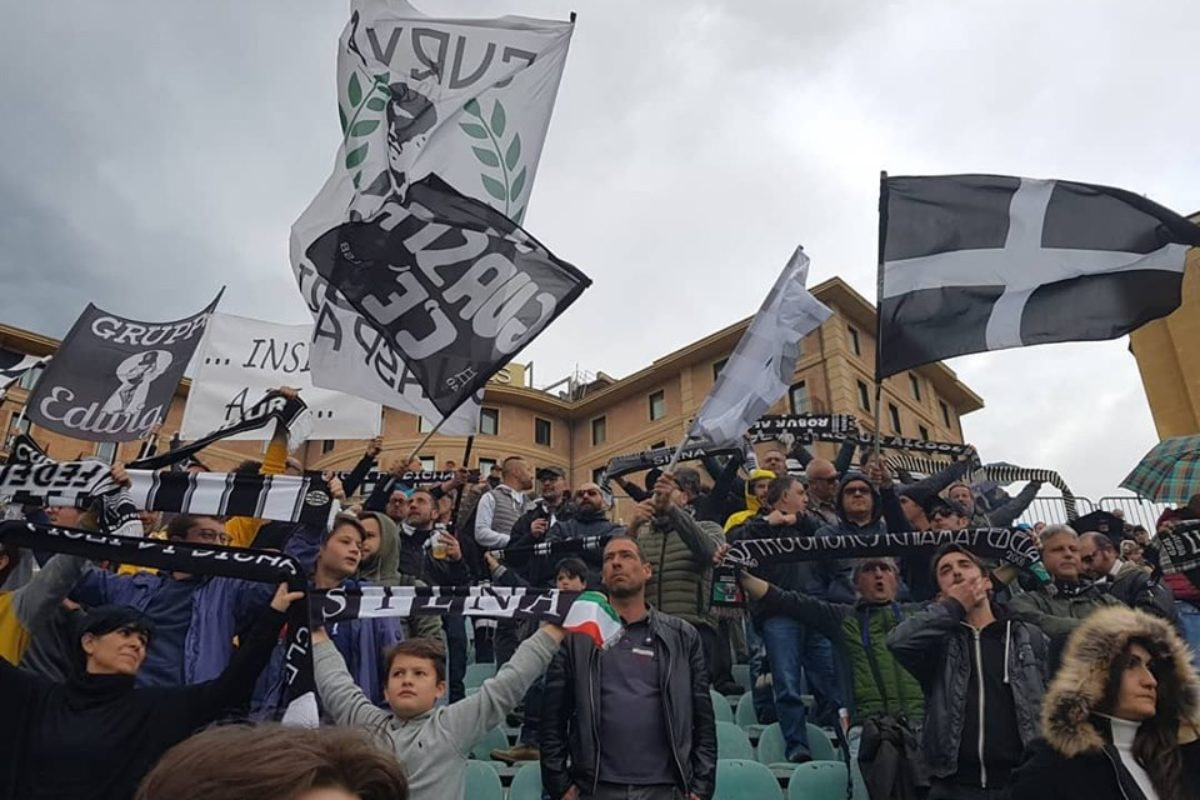 Siena-Piacenza 2-0, i bianconeri salgono al sesto posto. Nei play off sfida al Novara