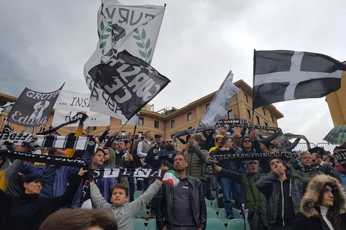 Robur: esordio con l'Olbia al Rastrello, poi la Juventus