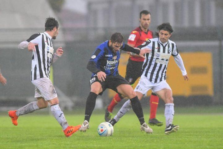 Renate-Siena 0-0, tante occasioni ma la Robur si deve accontentare del pari