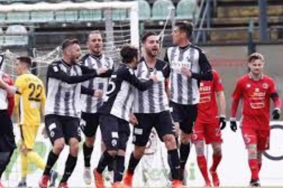 Alessandria-Siena 1-3, Robur formato trasferta