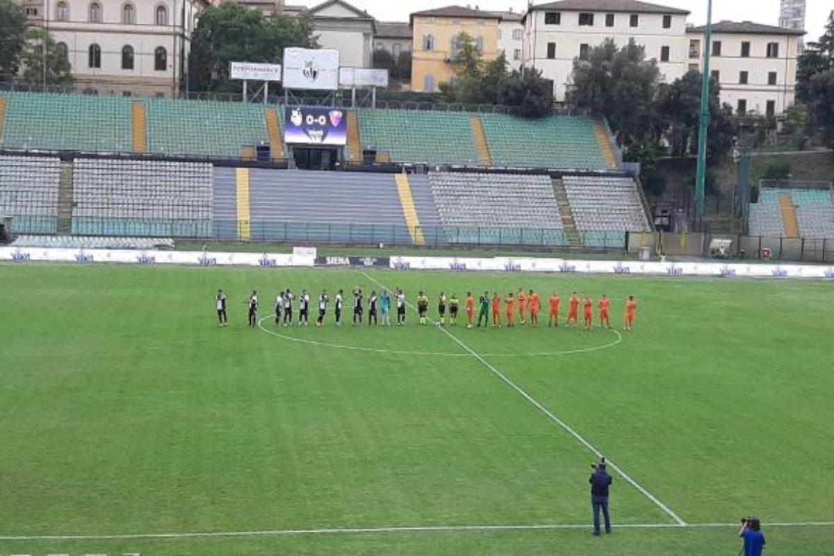 Pistoiese, il pari è d'oro: 0-0 a Siena in inferiorità numerica